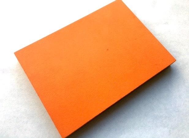 Orange 001